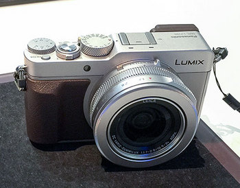 LX100_2.jpg